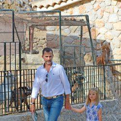 El Príncipe Felipe y la Infanta Sofía en la Granja de Esporles de Mallorca