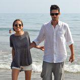 Ana Fernández y Santiago Trancho se divierten en las playas de Marbella