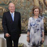 Los Reyes Juan Carlos y Sofía en la cena con las autoridades de Baleares
