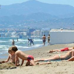 Valeria Mazza y Alejandro Gravier con sus hijos en Marbella