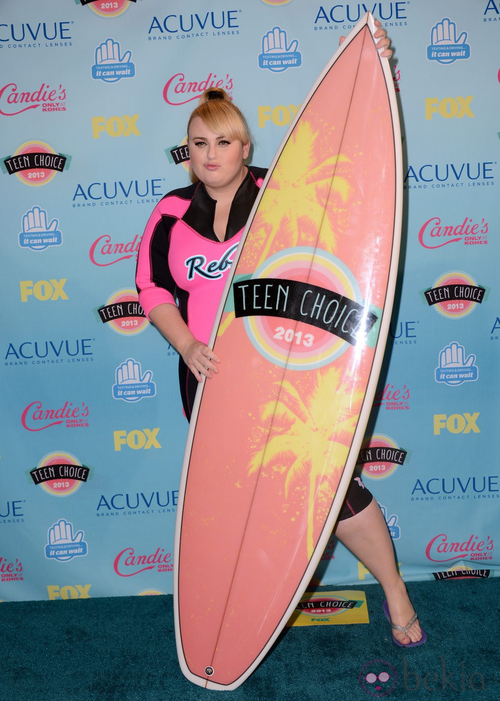 Rebel Wilson premiada en los Teen Choice Awards 2013