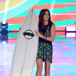 Sandra Bullock premiada en los Teen Choice Awards 2013