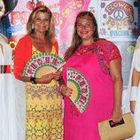 Caritina Goyanes y Cari Lapique en la fiesta Flower Power de Ibiza 2013