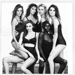 Miranda Kerr, Alek Wek, Alessandra Ambrossio, Helena Christensen, Isabeli Fontana y Karolina Kurkova en el Calendario Pirelli 2014