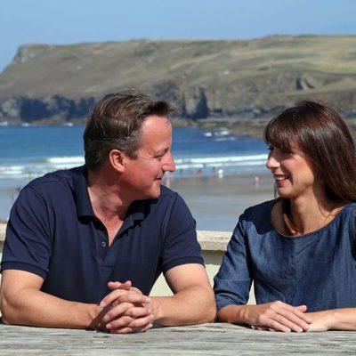 David y Samantha Cameron se dedican una tierna mirada en Cornualles