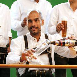 Pep Guardiola brinda vestido de bávaro