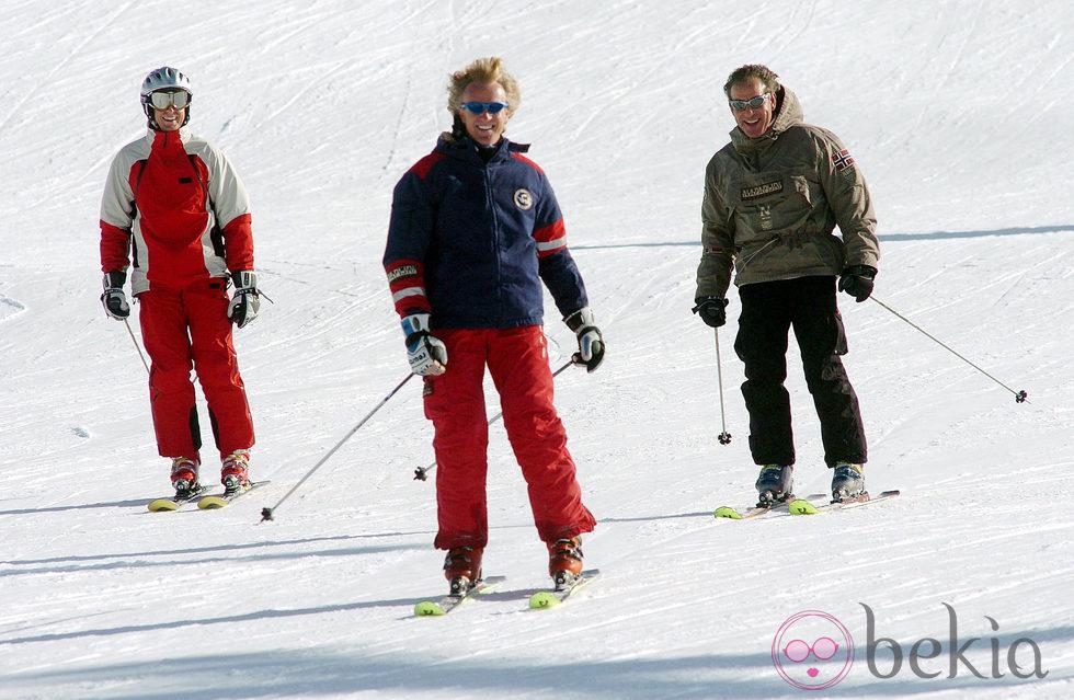 Álvaro Bultó esquiando