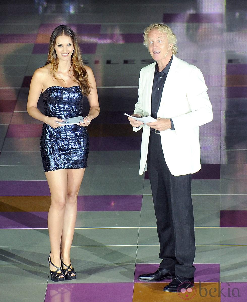 Álvaro Bultó y Helen Lindes presentando un concurso