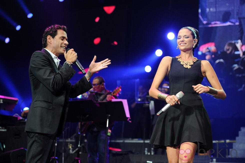 Marc Anthony en su concierto en Miami de la gira 'Vivir mi vida' con Natalia Jiménez