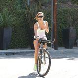 Eva Longoria, montando en bici tras su ruptura con Ernesto Arguello