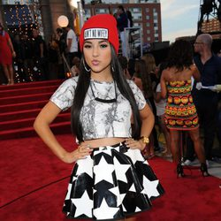 Becky G en la alfombra roja de los MTV VMA 2013