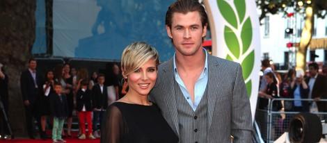 Elsa Pataky y Chris Hemsworth en el estreno de 'Rush'
