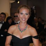 Scarlett Johansson, radiante en el estreno de 'Under the Skin' en la Mostra de Venecia 2013
