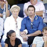 Hugh Jackman y Deborra-Lee Furness en las gradas del US Open de tenis femenino