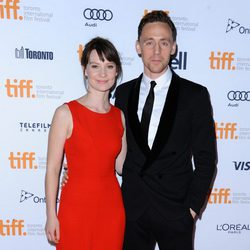 Mia Wasikowska y Tom Hiddleston en el estreno de 'Only Lovers Left Alive' en el Festival Internacional de Toronto 2013