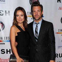 Olivia Wilde y Jason Sudeikis en el estreno de 'Rush' en el Festival Internacional de Toronto 2013