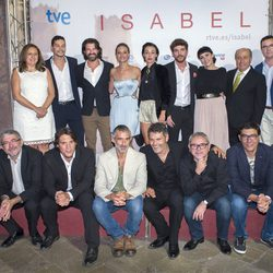 El reparto de 'Isabel' estrena la segunda temporada en Granada