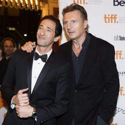 Adrien Brody y Liam Neeson en el estreno de 'The Third Person' en el Festival Internacional de Cine de Toronto 2013
