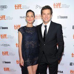 Marion Cotillard y Guillaume Canet en el estreno de 'Blood Ties' en el Festival Internacional de Cine de Toronto 2013