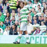 Louis Tomlinson jugando para el Celtic XI