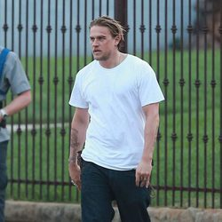 Charlie Hunnam rodando 'Sons of Anarchy'