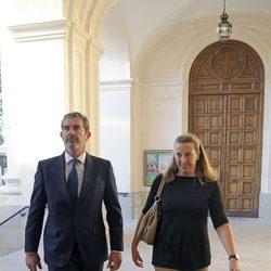 Pedro López Quesada y Cristina de Borbón-Dos Sicilias en el funeral del Marqués de Malpica
