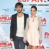 Raúl Arévalo y Alicia Rubio en el estreno de 'La Gran Familia Española'