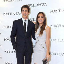 Tamara Falcó y Oriol Elcacho inauguran una tienda de Porcelanosa en Marbella