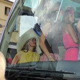 Autobús con los invitados a la boda de Fran Rivera y Lourdes Montes en Ronda