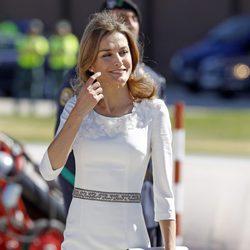 La Princesa Letizia antes de recibir a los Reyes de Holanda en Madrid