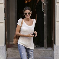 Amaia Salamanca a la salida de un restaurante en Madrid