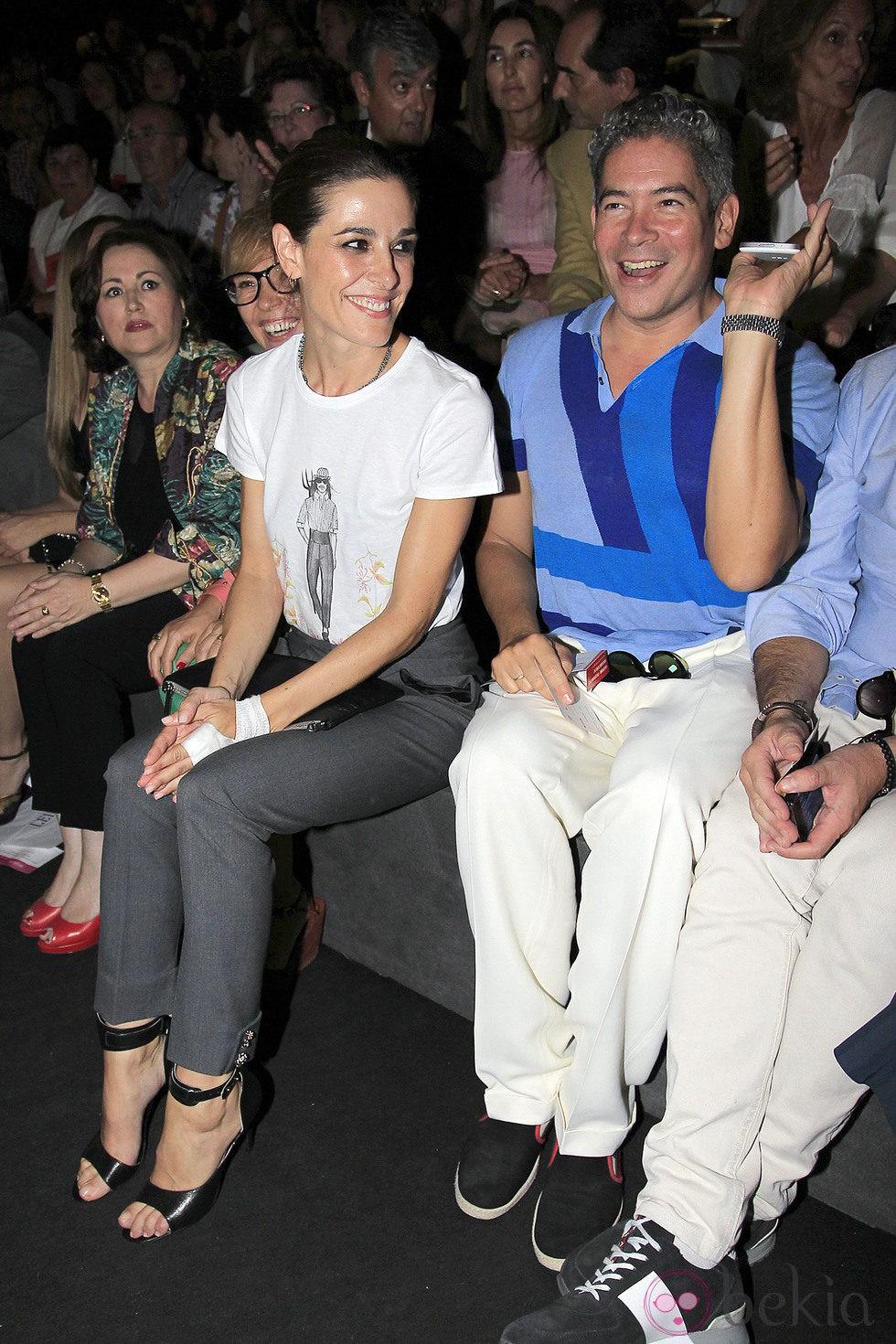 Raquel Sánchez Silva y Boris Izaguirre en el desfile de Ion Fiz y Juana Martín en Madrid Fashion Week primavera/verano 2014