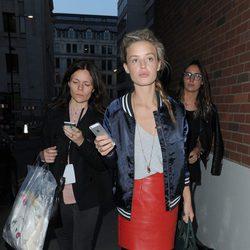 Georgia May Jagger en el desfile primavera/verano 2014 de Giles en London Fashion Week