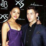 Nick Jonas con su novia Olivia Culpo en la fiesta organizada por su 21 cumpleaños en Las Vegas
