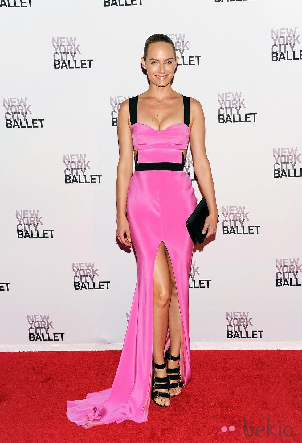 Amber Valletta en la Gala de Otoño del Ballet de Nueva York 2013