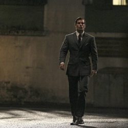 Henry Cavill, trajeado en el rodaje de 'The Man from U.N.C.L.E.'