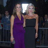 Natalie Pinkham y Katherine Jenkins en la gala Boodles Boxing Ball