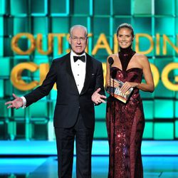 Heidi Klum y Tim Gunn en la ceremonia de los Premios Emmy 2013