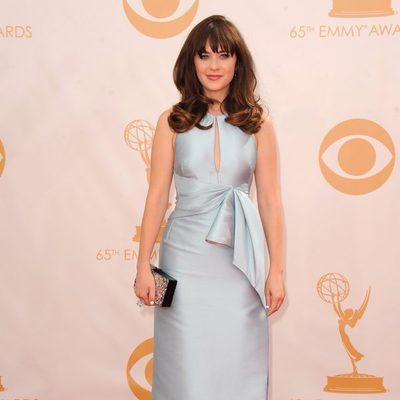 Zooey Deschanel en la alfombra roja de los Emmy 2013