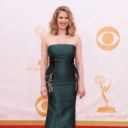 Anna Chlumsky en la alfombra roja de los Emmy 2013