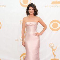 Cobie Smulders en la alfombra roja de los Emmy 2013