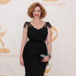Christina Hendricks en la alfombra roja de los Emmy 2013