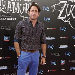 Antonio Garrido en el estreno de 'Las brujas de Zugarramurdi' en Madrid