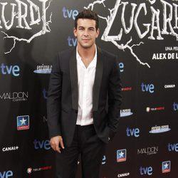 Mario Casas en el estreno de 'Las brujas de Zugarramurdi' en Madrid