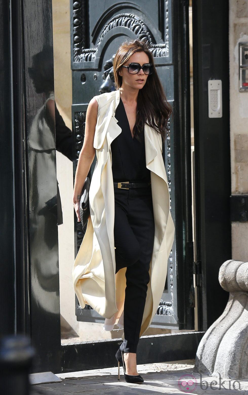 Victoria Beckham en la Semana de la Moda de París primavera/verano 2014