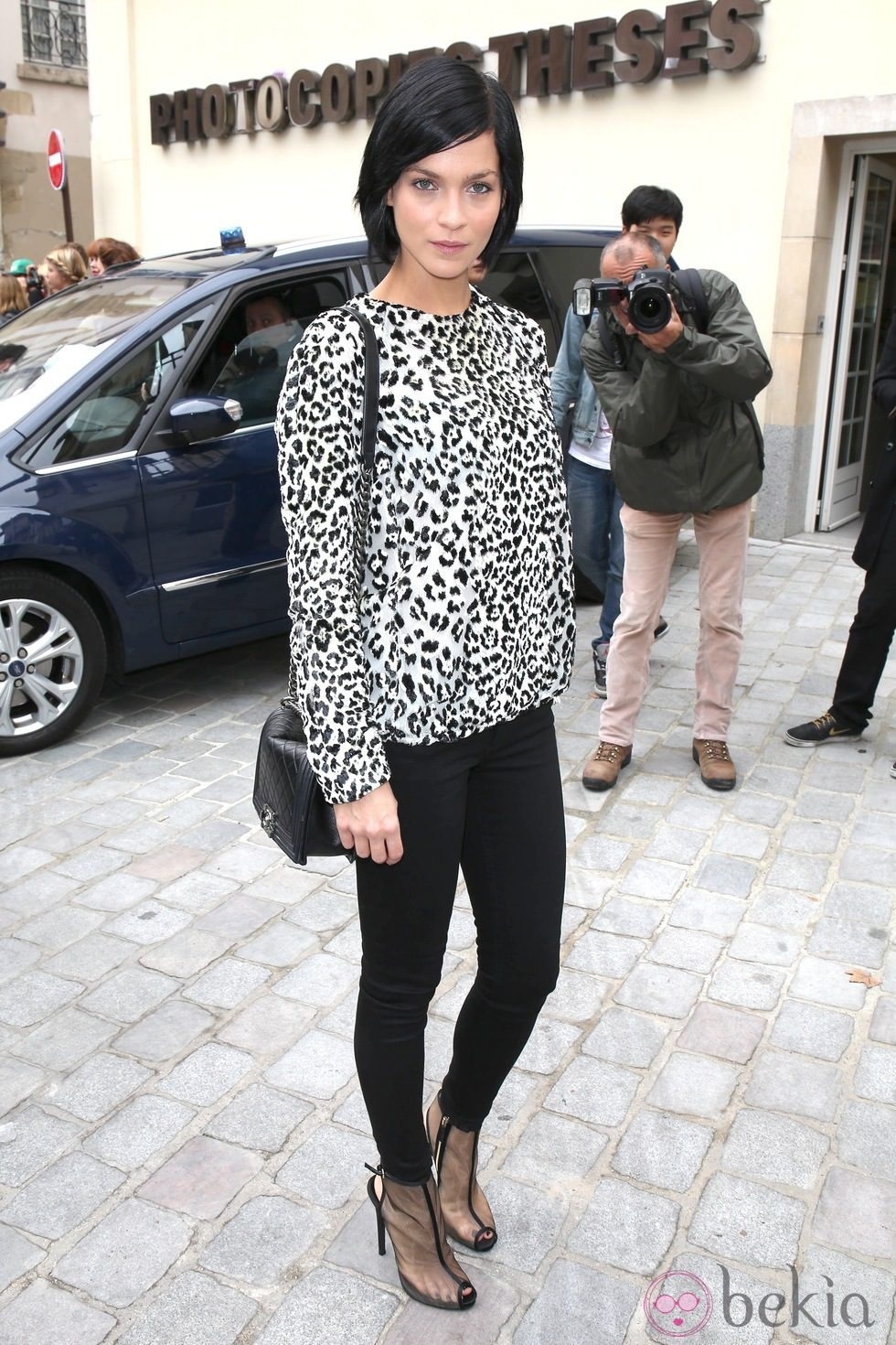 Leigh Lezark en el desfile de Giambattista Valli en la Paris Fashion Week