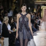 Miranda Kerr desfilando para Stella McCartney en Paris Fashion Week
