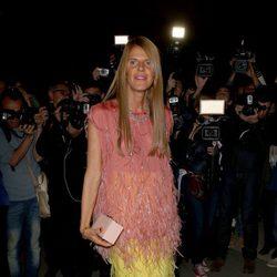 Anna Dello Russo en el desfile de Yves Saint Laurent en la Semana de la Moda de París primavera/verano 2014