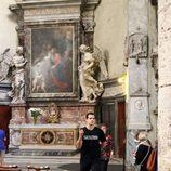 Henry Cavill visita una iglesia en Roma