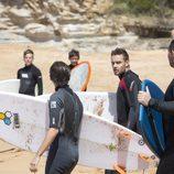 Louis Tomlinson y Liam Payne haciendo surf en Sidney